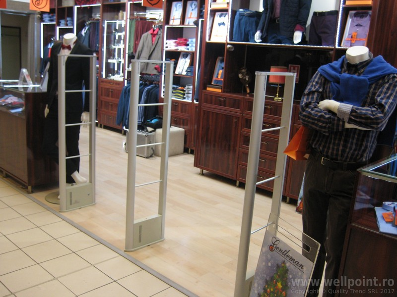 a51013-antifurt-magazin-imbracaminte-mall-brasov_IMG_4794