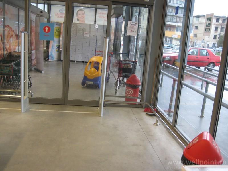 a60305-porti-antifurt-supermarket-oravita_IMG_4869