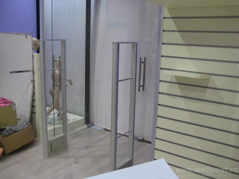 a60627-antifurt-magazin-imbracaminte-iulius-mall-cluj_IMG_5076