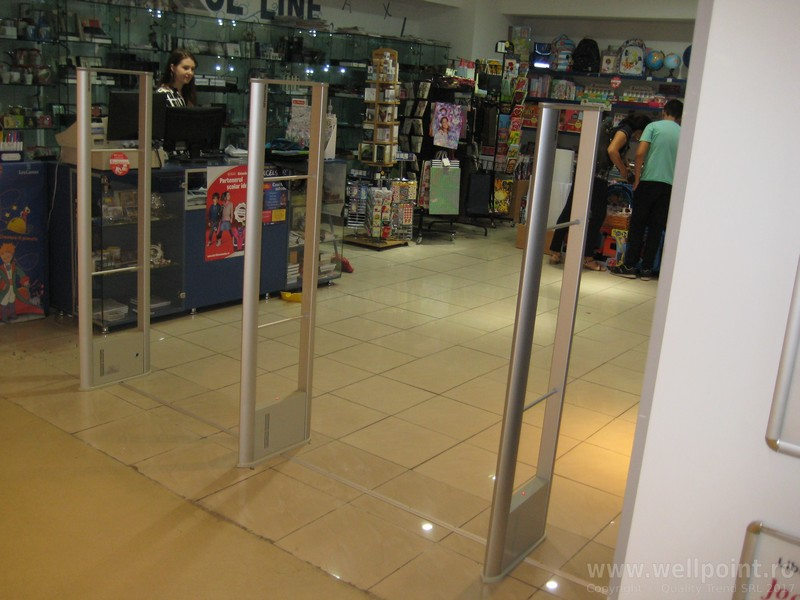 a60902-porti-antifurt-librarie-papetarie-mall-iasi_IMG_5130