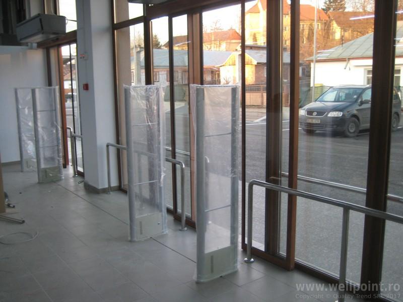 a61205-porti-antifurt-supermarket-targu-frumos_IMG_5603