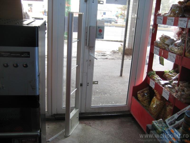 a70207-sistem-antifurt-supermarket-brasov_IMG_5636