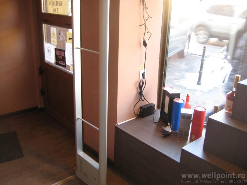 a70216-porti-antifurt-magazin-bauturi-brasov_IMG_5644